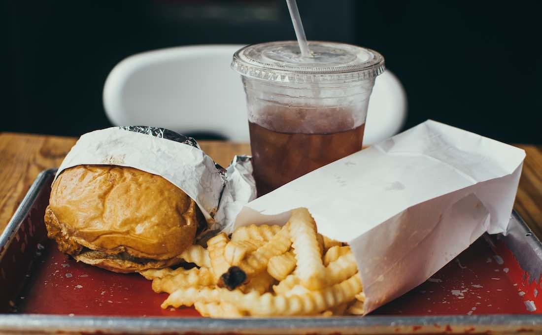 ¿Dieta para eliminar calorías extras y perder peso?